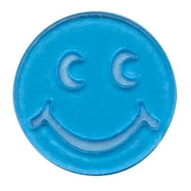3/4″ Non-Magnetic Plastic Transparent Smiley Face Chips Bag – 100